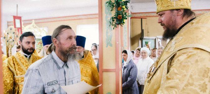 Митрополит Ферапонт совершил Божественную литургию в храме святителя Николая поселка Пыщуг