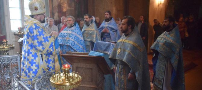 Праздник Иверской иконы Божией Матери в Успенском соборе г.Чухлома