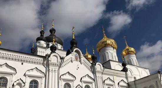Епископ Галичский и Макарьевский Алексий совершил Воскресное богослужение в Богоявленско-Анастасиином соборе города Кострома