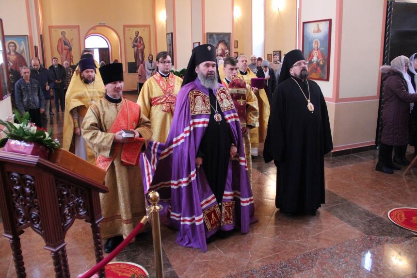 Епископ Галичский и Макарьевский Алексий принял участие в торжествах в Элистинской епархии