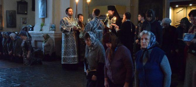 Великое повечерие с чтение канона преп.Андрея Критского в Преображенском соборе г.Солигалич