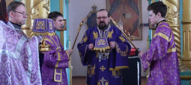 Суббота третьей седмицы Великого поста. Божественная литургия в храме святителя Николая села Николо-Полома