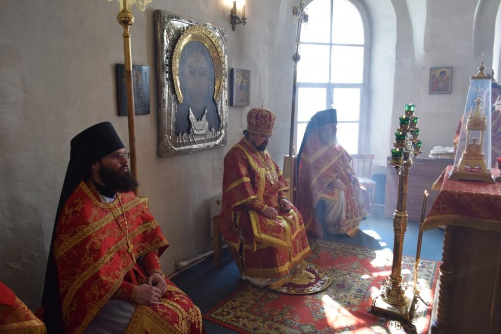 8 мая. Божественная литургия пасхальным чином в стенах Свято-Троицкого Макариево-Унженского мужского монастыря г.Макарьев