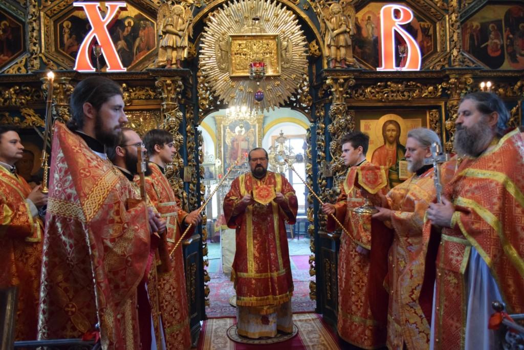 Преполовение Пятидесятницы. Соборное богослужение пасхальным чином в Успенском соборе г.Чухлома