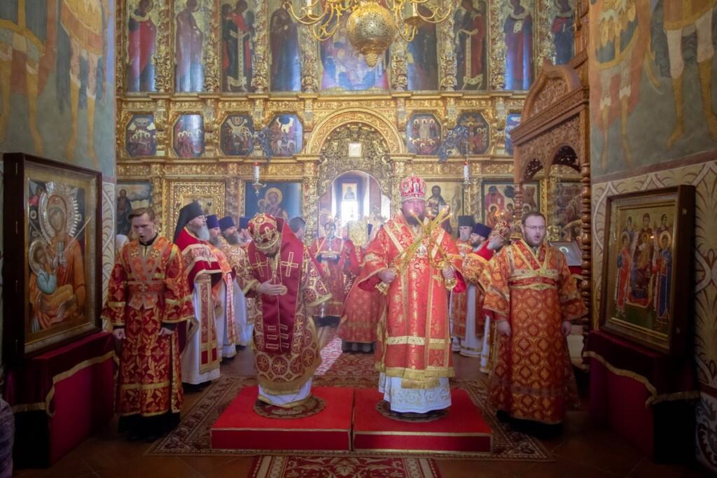 День памяти святых Царственных страстотерпцев в  стенах Свято-Троицкого Ипатьевского мужского монастыря