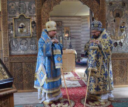 Соборное архиерейское богослужение в храме преподобного Геннадия Костромского поселка Антропово